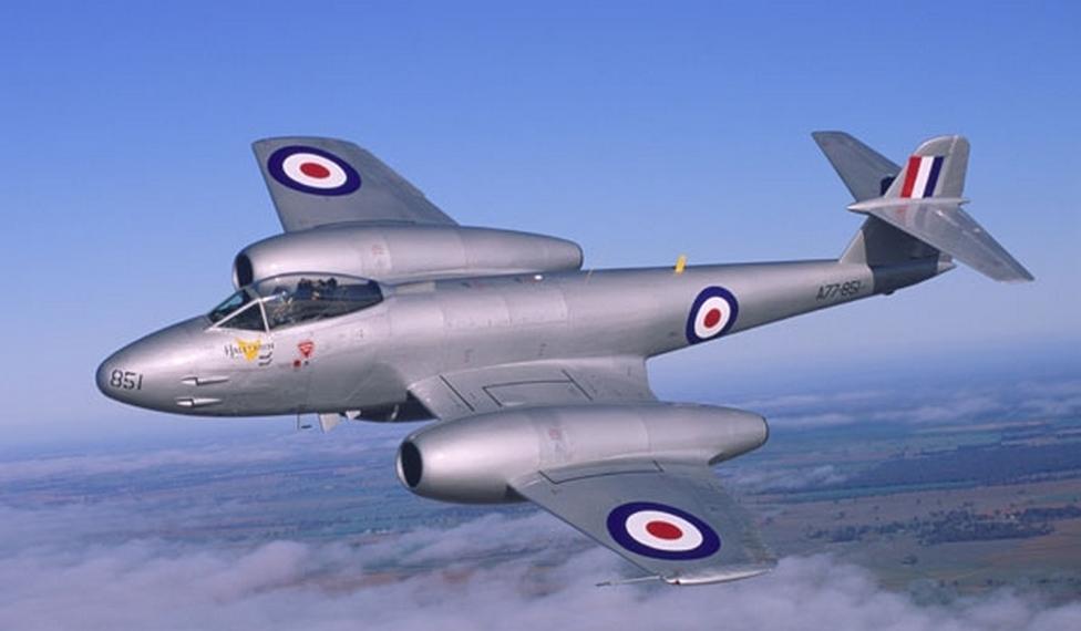 "samolotypolskie.pl - Gloster G-41 ""Meteor"""