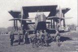 """Handley Page 0/400 na lotnisku Mokotowskim, kwiecień 1920 r. (Źródło: Kopanski J. T., Kozak Z. """"Kościuszko Squadron"""". Wydawnictwo Stratus, Sandomierz 2005)."""