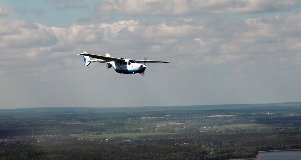 samolotypolskie pl - Cessna 336
