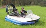 """Poduszkowiec """"Fredi 2"""" z silnikiem Honda CBR 500. (Źródło: Copyright Janusz Kluger)."""