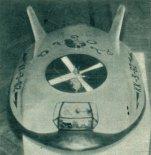 Model poduszkowca KK-3-62 prezentowany przez Krzysztofa Komendę na wystawie Młodzież Nowej Technice w Warszawie. (Źródło: Skrzydlata Polska nr 3/1963).