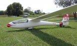 Szybowiec Schleicher ASW 15, na którym Mateusz Pusz latał w USA (sierpień 2012 r.). (Źródło: Copyright Mateusz Pusz).