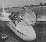 Kabina pilota w szybowcu Schweizer SGS 2-32. (Źródło: Skrzydlata Polska nr 1/1964).