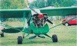 Napęd stanowi silnik Continental 0-200. (Źródło: Przegląd Lotniczy Aviation Revue nr 9/2000).