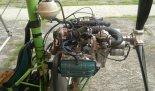 Amatorski wózek motolotniowy Jareka, użytkowany w latach 2000- nych na lotnisku Osztyn- Dajtki. Silnik Subaru EA 81. (Źródło: archiwum).