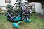 Wózek motolotniowy Ohar z silnikiem Rotax 503. Widok z tyłu. (Źródło: archiwum).