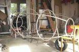 Gotowa rama osłonowa motolotni. .(Źródło: via Henryk Doruch).