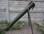 Pojemnik transportowy / wyrzutnia rakiet oświetlających FLG-5000/L4. (Źródło: archiwum).