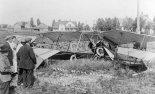 Samolot Jana Kamińskiego po wypadku. (Źródło: Wisconsin Historical Society- www.wisconsinhistory.org).