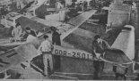 """Szybowiec Lommatzsch Lom-55 """"Libelle"""" z usterzeniem Rudlickiego. (Źródło: Skrzydlata Polska nr 12/1957)."""