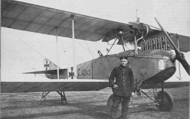 Au sujet des teintes de vernis des avions allemands 1914/1916 Preview_lvg-c-ii_src_1