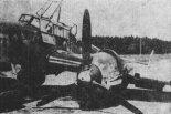 Uszkodzony Messerschmitt Bf 110 na lotnisku w Mielcu. (Źródło: Technika Lotnicza i Astronautyczna nr 7/1985).