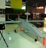 """Rozpoznawczy bezpilotowy aparat latający Aeronautics Defense """"Aerostar"""" prezentowany na targach MSPiO w Kielcach. (Źródło: Copyright Tomasz Hens)."""