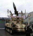 """Zmodernizowana wyrzutnia rakiet przeciwlotniczych 2K12 """"Kub"""", przystosowana do odpalania rakiet plot Raytheon RIM-7 """"Sea Sparrow"""". Kielce 2007 r. (Źródło: Copyright Witold Mikiciuk- """"Militaria i lotnictwo Jowitka"""")."""