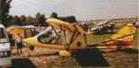 """Samolot """"Quicksilver GT-500"""" prezentowany podczas XVI Zlotu Amatorskich Konstrukcji Lotniczych (27- 29.06.1997 r.) w Oleśnicy. (Źródło: Przegląd Lotniczy Aviation Revue nr 8/1997)."""