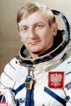 Polski pilot-kosmonauta Mirosław Hermaszewski. (Źródło: archiwum).