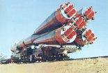 Rakieta Sojuz 31 w czasie transportu na stanowisko startowe. Kosmodrom Bajkonur , sierpień 1978 r. (Źródło: archiwum).
