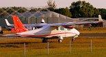 Samolot Tecnam P2006T (SP-MEP) należący do Ośrodka Szkolenia Lotniczego Bartolini Air. (Źródło: Copyright Mikołaj Lech).