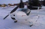 """W zimowej scenerii. (Źródło: Copyright Ladislav Zápařka """"LZ- przedstawiciel czeskiego przemysłu lotniczego w Polsce"""")."""