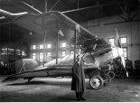 Samolot rozpoznawczy CWL WZ-X wraz z konstruktorem inż. Władysławem Zalewskim. (Źródło: archiwum).