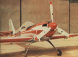 Samolot Zlin 50L, widok z przodu. (Źródło: Skrzydlata Polska nr 23/1976).