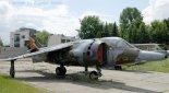 """Samolot BAe """"Harrier"""" w zbiorach Muzeum Lotnictwa Polskiego w Krakowie. (Źródło: Copyright Zbigniew Jóźwik- """"Samoloty, śmigłowce, szybowce- fotografia lotnicza"""")."""