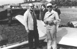 """Samolot amatorski Borzęcki """"Altostratus"""" a zlocie we Wrocławiu w 1975 r. (Źródło: via www.piotrp.de)."""