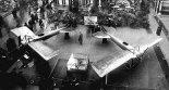 """Samoloty Deperdussin """"Monocoque"""" prezentowane na Salonie Lotniczym w Paryżu. (Źródło: archiwum)."""