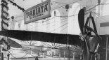 """Samolot Etrich """"Taube"""" Towarzystwa """"Aviata"""" na Międzynarodowej Wystawie Żeglugi Powietrznej, Sankt Petersburg, 24.04.-10.05.1911 r. (Źródło: archiwum)."""