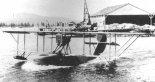 Latająca łódź FBA Typ S podczas startu. (Źródło: archiwum).